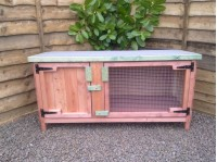 Single Hutches